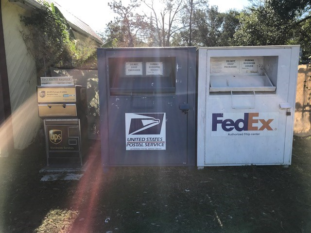 Packing, Shipping, Mailing | Lutz, FL | Lutz Mail Depot